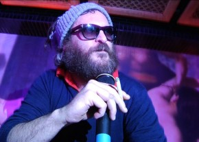 Joaquin Phoenix 'rapping' in 'I'm Still Here'