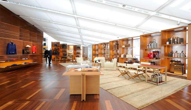 Louis Vuitton Island Maison at Marina Bay Sands, Men's floor interior