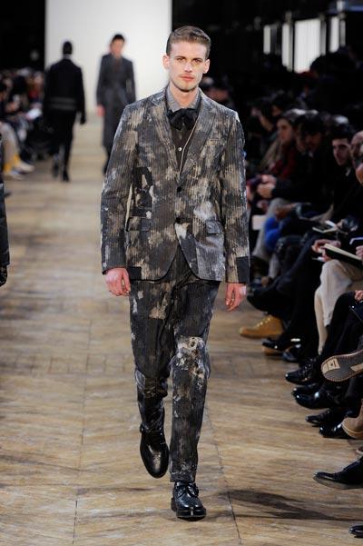 Runway_Printed-Suits__kenzo_look_40