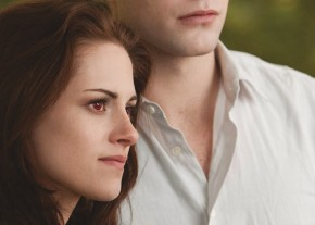 2012_twiligh-saga_breaking_dawn_2_002
