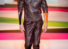 Versace-SpringSummer-2014-Milan-Fashion-Week-Dailymalemodels-14