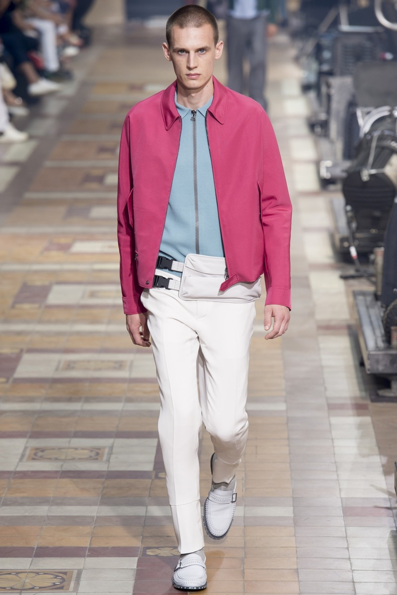 Runway: The color pink