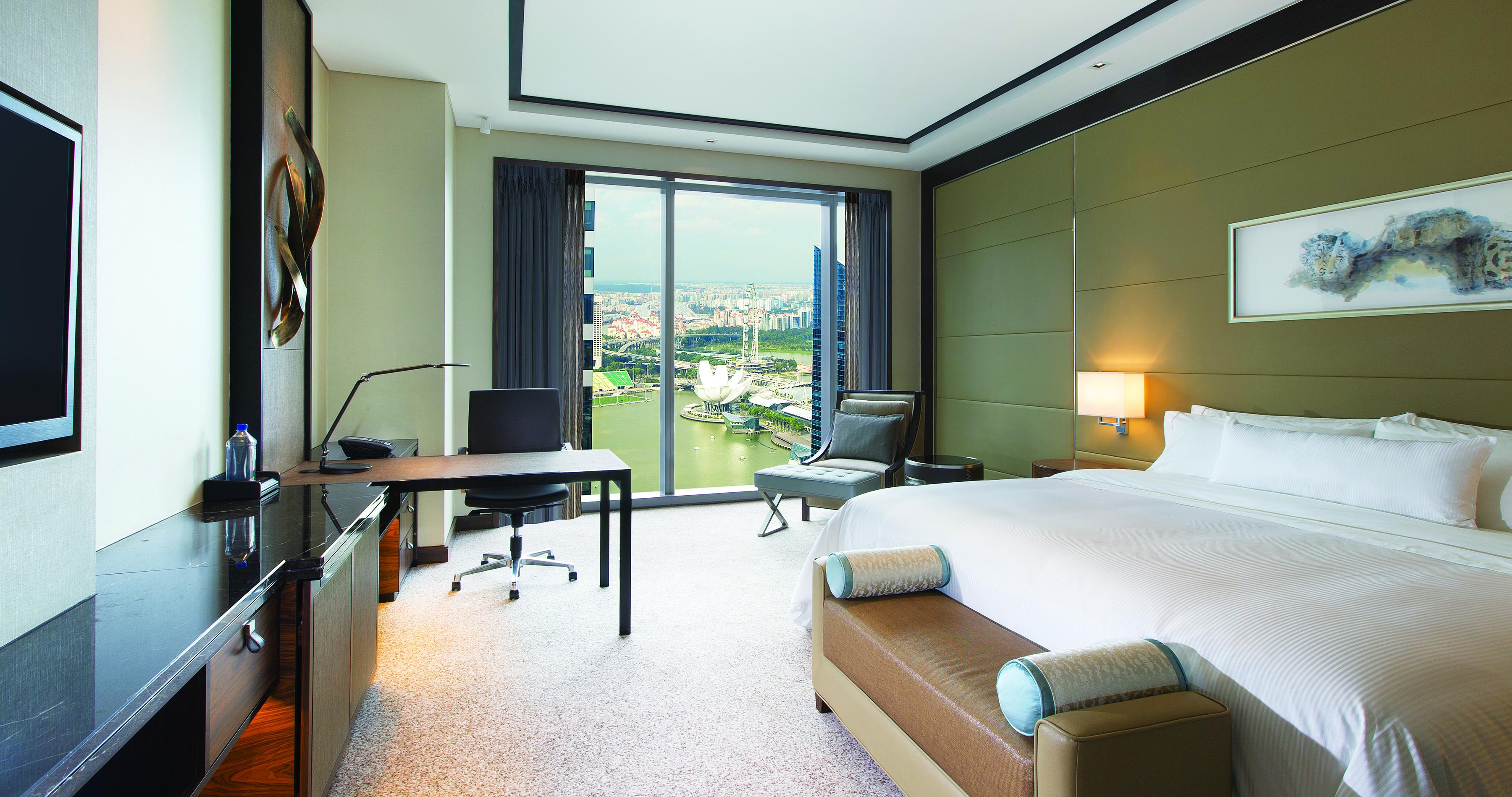 The Westin Singapore - Sea View King - View of Marina Bay.JPEG