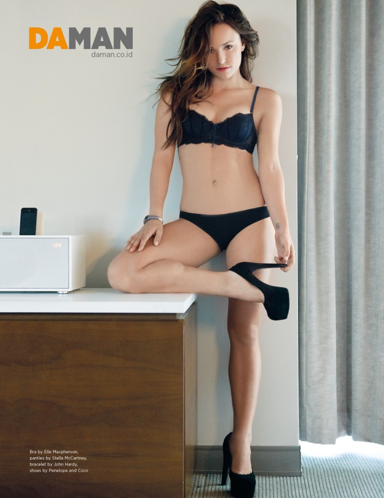 Briana Evigan3