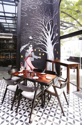 DAMAN-The-Momo-Restaurant-&-Bar