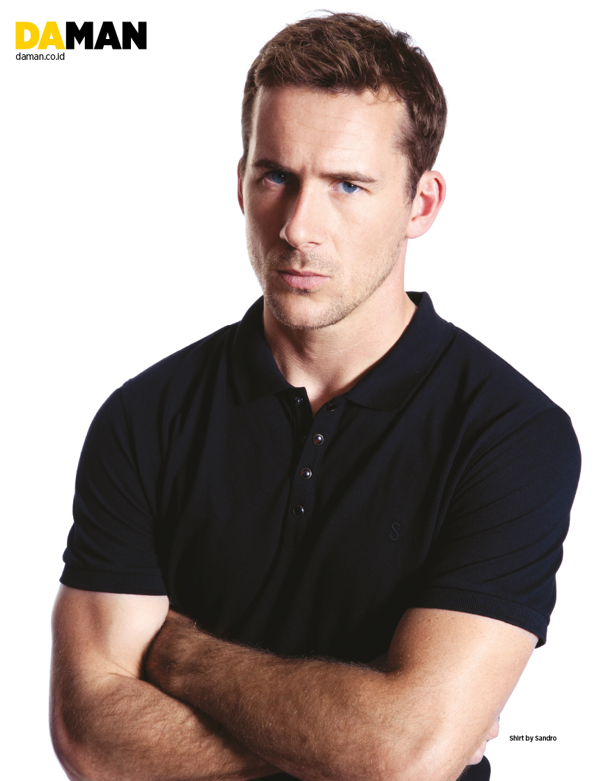 Barry Sloane DA MAN