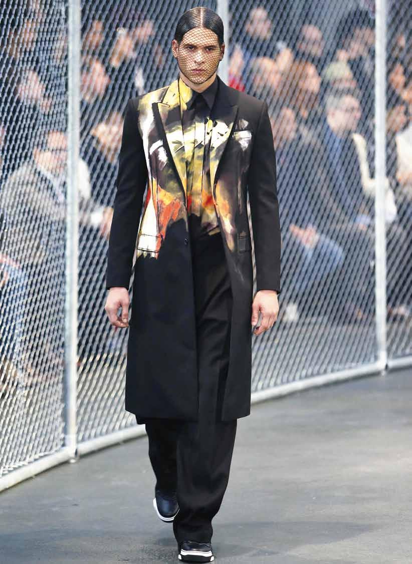 Daman style Column Paris Fashion Week 1