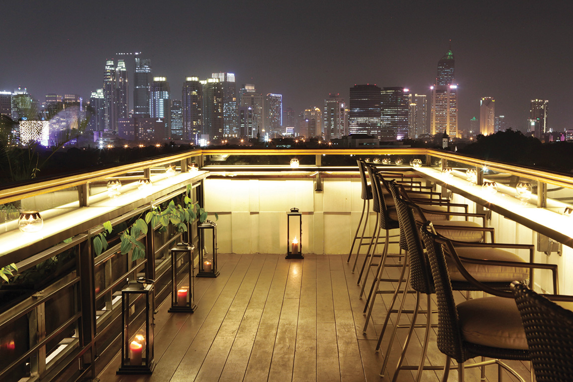Cloud Lounge And Living Room Jakarta eat & drink: best new rooftop bars in jakarta | da man magazine