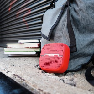 800x800_Punk_Backpack_red-only_4