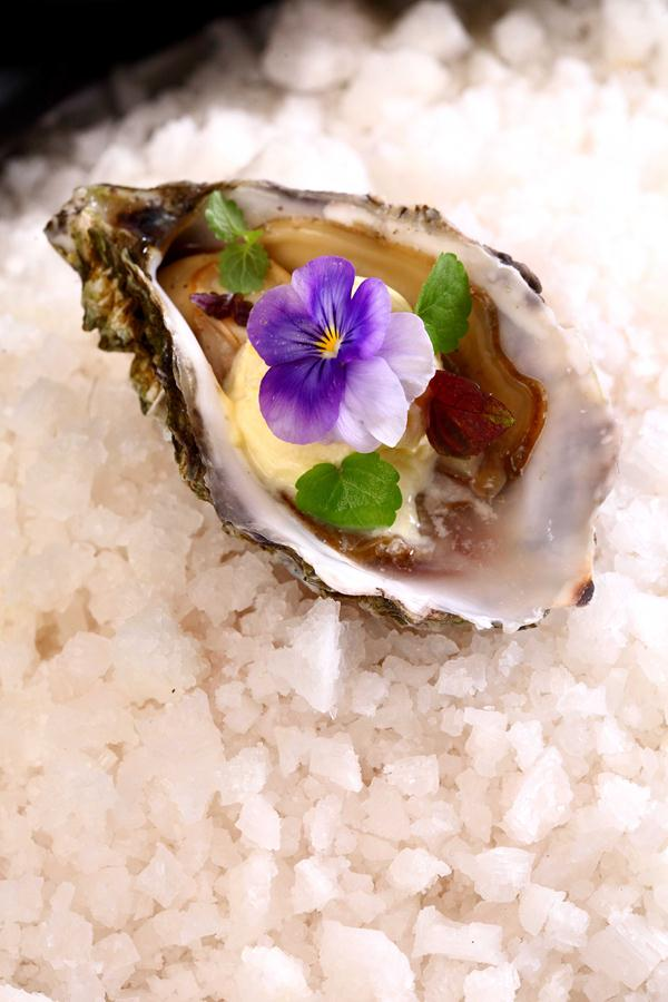 Freshly shucked oyster in a spice marinade, grilled and served with kokum ice cream (Copy)