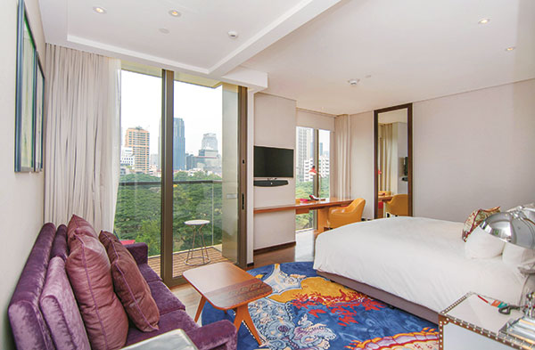 Guest-room_city-view
