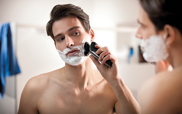 Shaver-9000-S9711-lifestyle