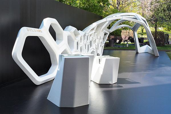 Zaha-Hadid-Bulgari-serpenti-installation-2