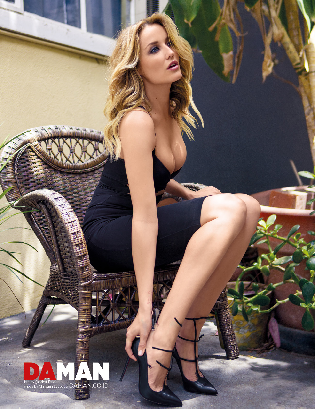 Sarah Dumont