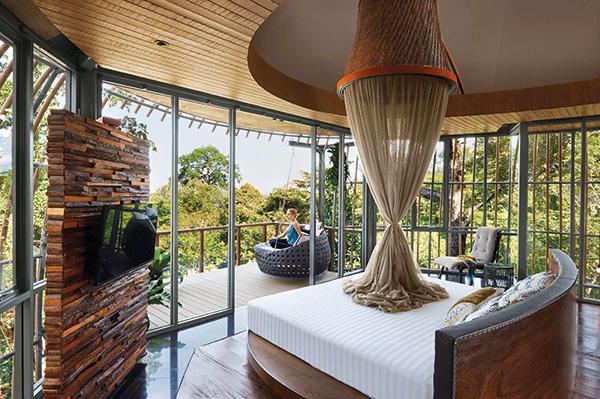 Tree-Pool-House-Bedroom-M