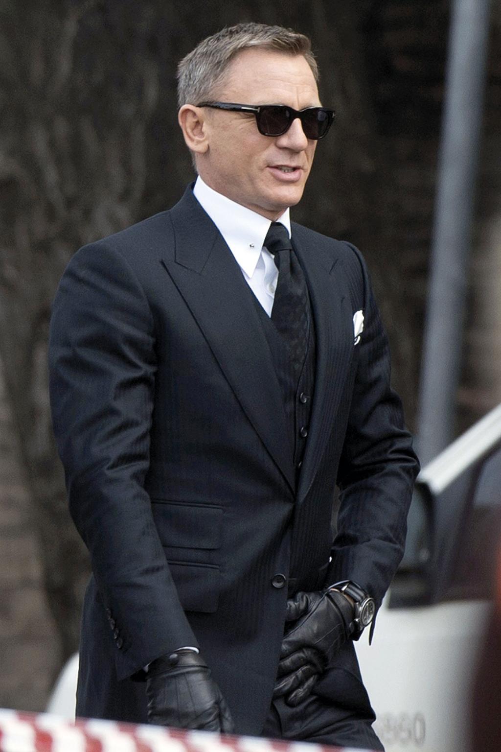 Be-Like-a-James-Bond-2015-1