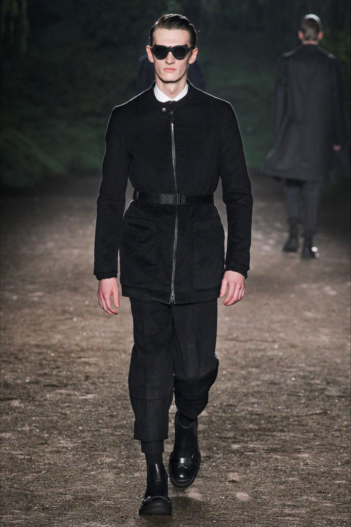 Fall/Winter 2015 Runway Trend: Ermenegildo Zegna Couture Belted Outerwear