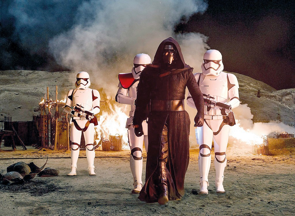 Star-Wars---The-Force-Awakens-(4)