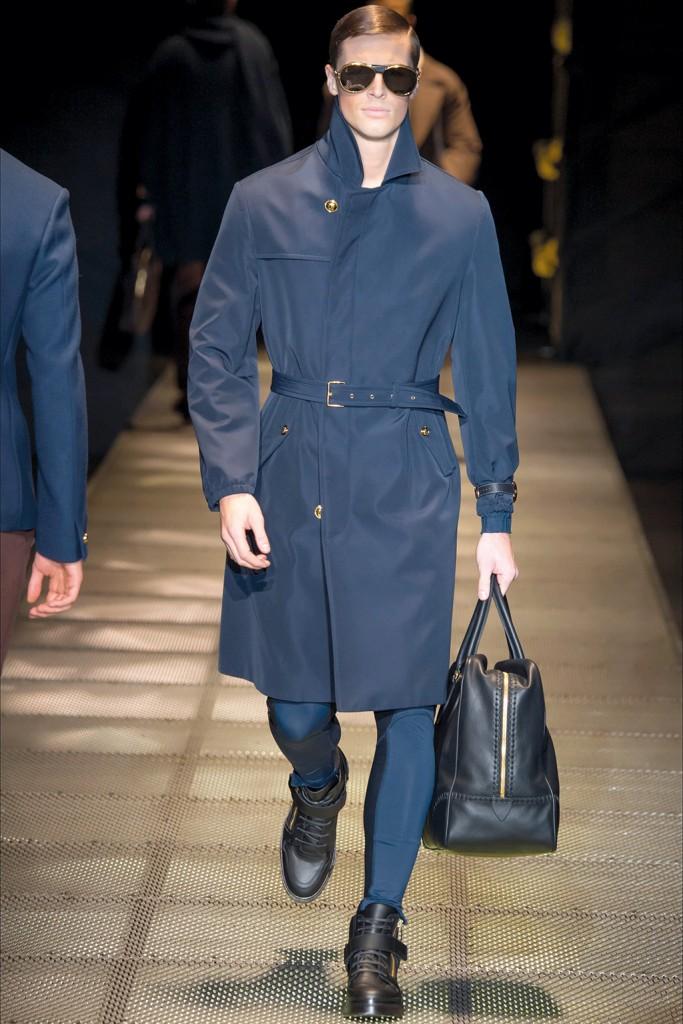 Fall/Winter 2015 Runway Trend: Versace Belted Outerwear