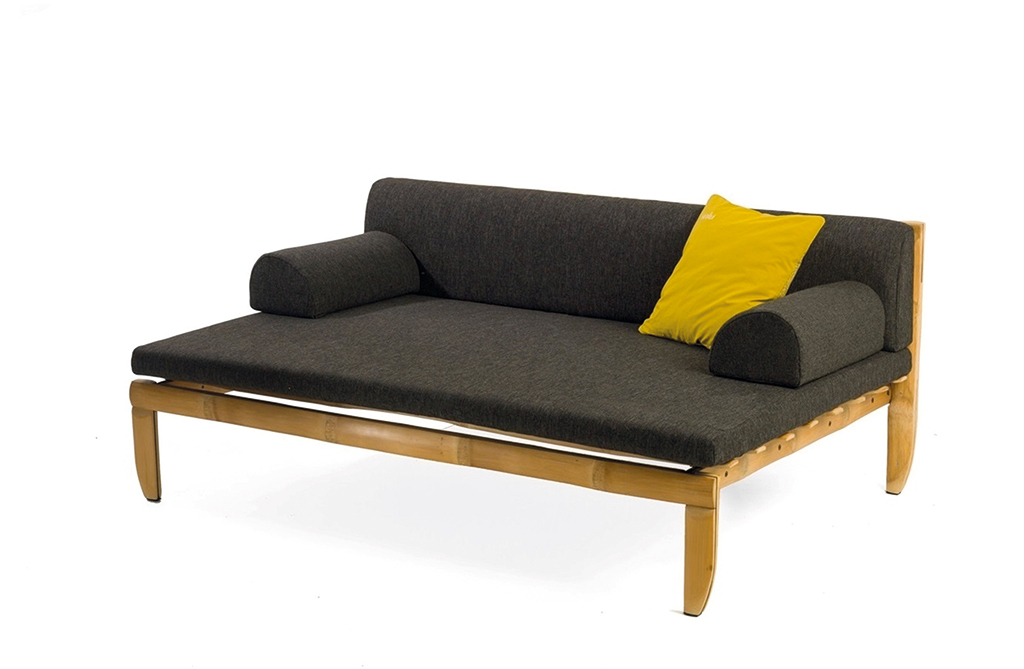Modern day javanese daybed from santai furniture da man for Modern day furniture