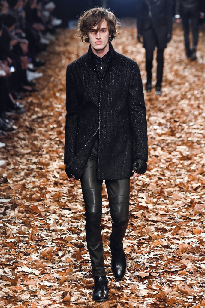 16.-Leather-pants-(John-Varvatos)-3
