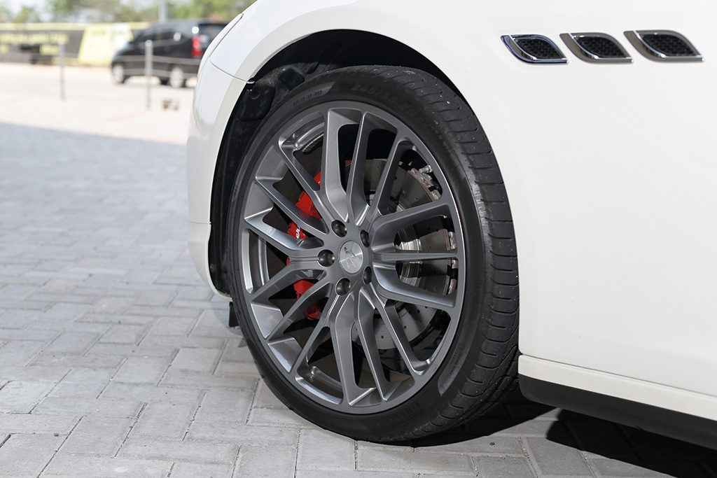 Maserati Quattroporte S DA MAN-6