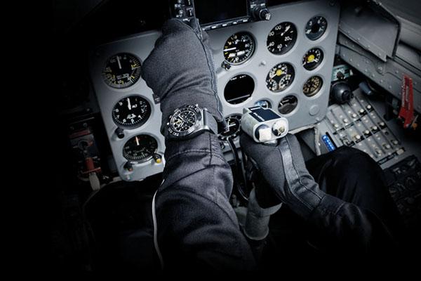 Special Report DA MAN Met Breitling Jet Team & John Travolta at 2015 Reno Air Races-2a