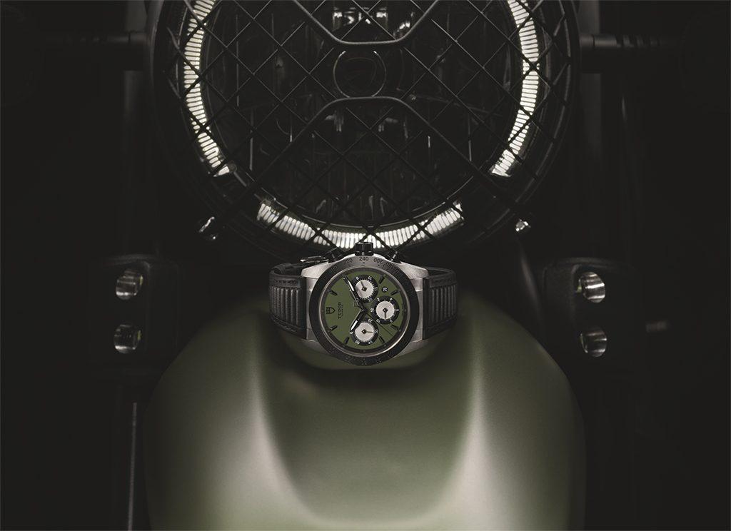 42010N-TUDOR-FASTRIDER-CHRONOGRAPH-GREEN
