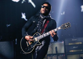 Lenny Kravitz's signature on-stage look
