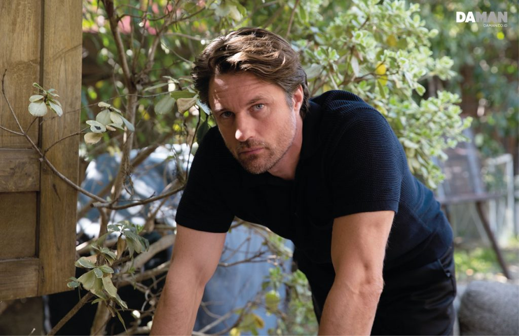 OUTTAKES_Martin Henderson Grey's Anatomy-small