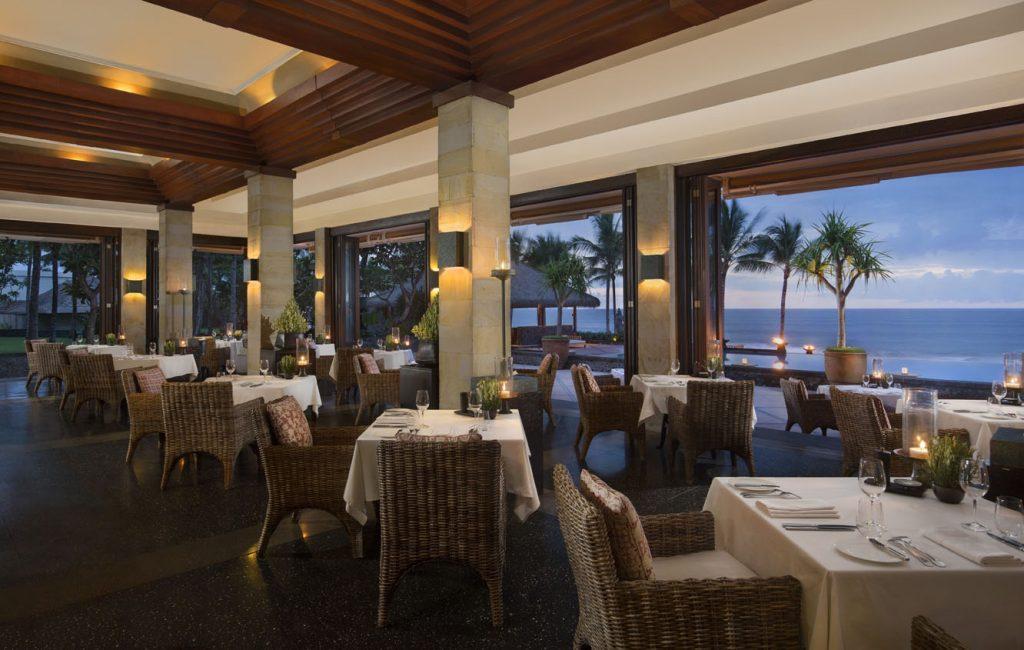 The Restaurant Night-2