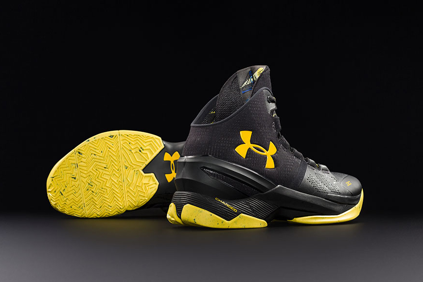 Under Armour the Black Knight Stephen Curry-1