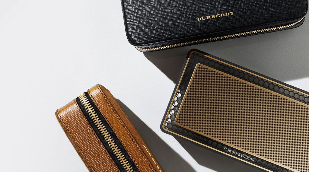 burberry bowers & wilkins t7 gold edition speaker-1