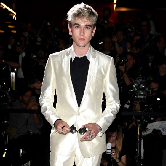 dolce-gabbana-ss17-mens-fashion-show-millennials-celebrities-Gabriel-Kane-Day-Lewis-560x560