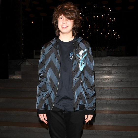 dolce-gabbana-ss17-mens-fashion-show-millennials-celebrities-Lucas-Jagger-560x560