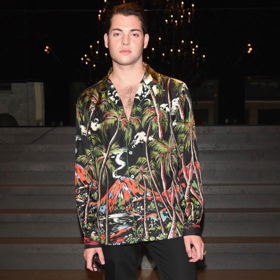 dolce-gabbana-ss17-mens-fashion-show-millennials-celebrities-Peter-Brant-Jr-560x560