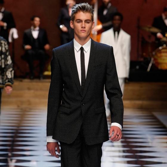 dolce-gabbana-ss17-mens-fashion-show-millennials-celebrities-Presley-Gerber-560x560