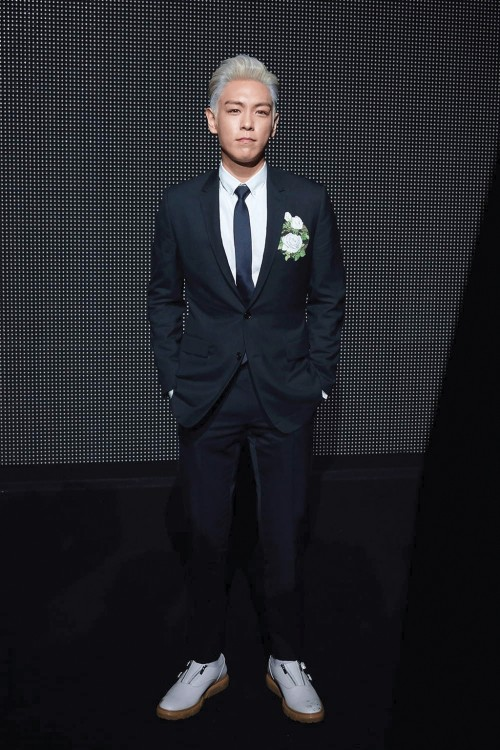l-acteur-sud-coreen-t-o-p-choi-seung-hyun