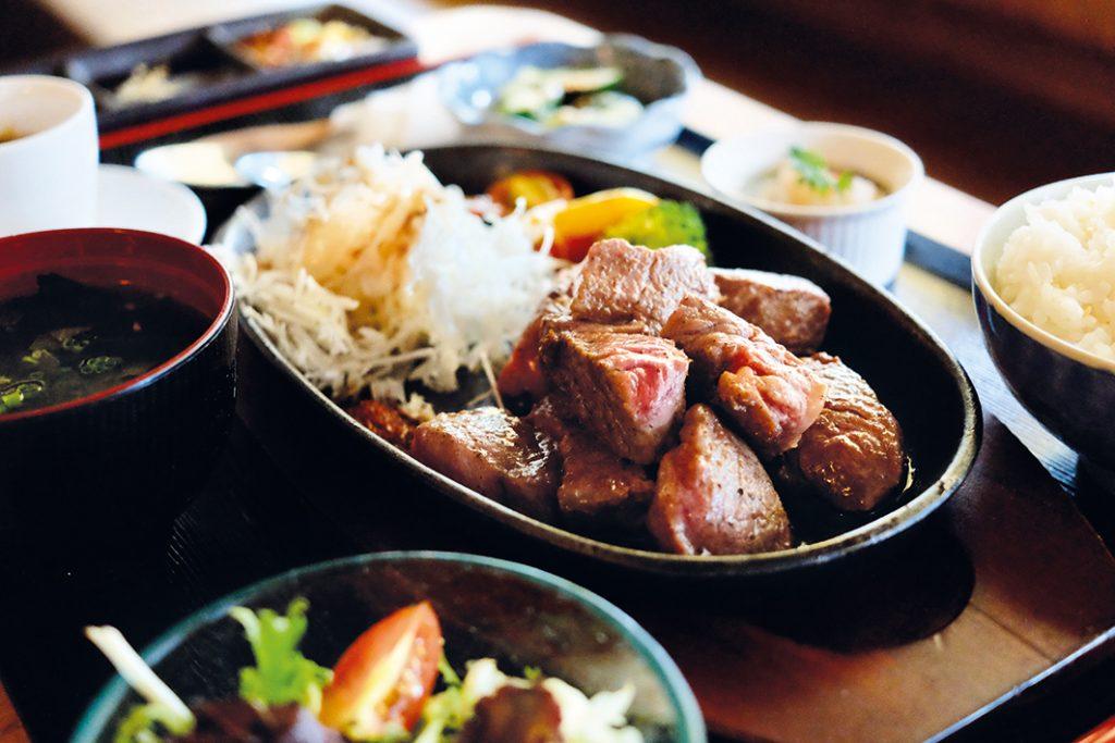 4-Meltique Steak Set (1)