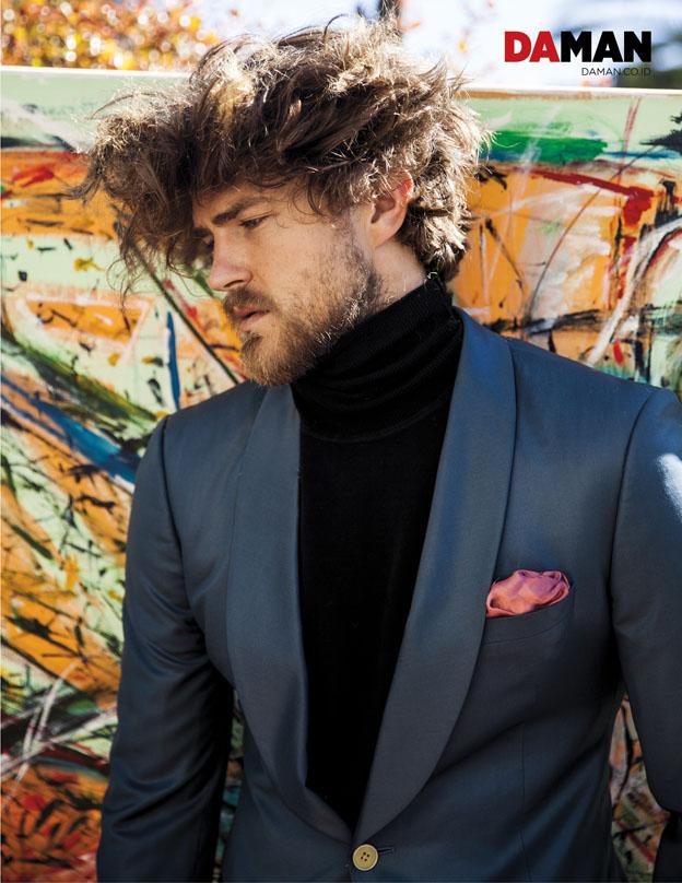 CHEYNE HANNEGAN_Sweater by Ben Sherman, blazer by Klein Epstein & Parker_4