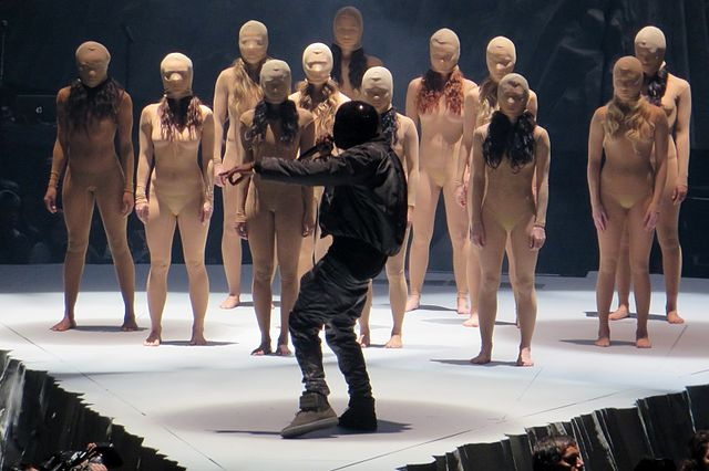 Kanye_West_Yeezus_Tour_Bridgestone_Arena_2