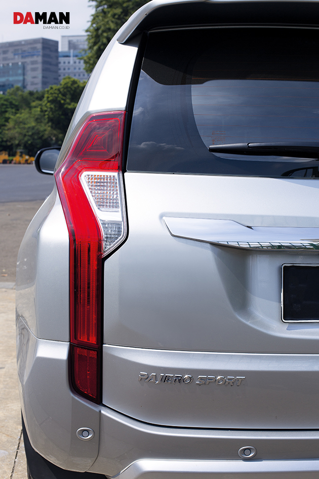 Mitsubishi Pajero Sport - DA MAN Review (3)