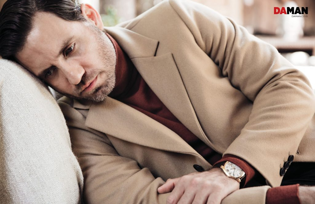 Edgar Ramirez The girl in the Train, Hands of Gold, Gold in Outfit by Sandro, watch by Cartier