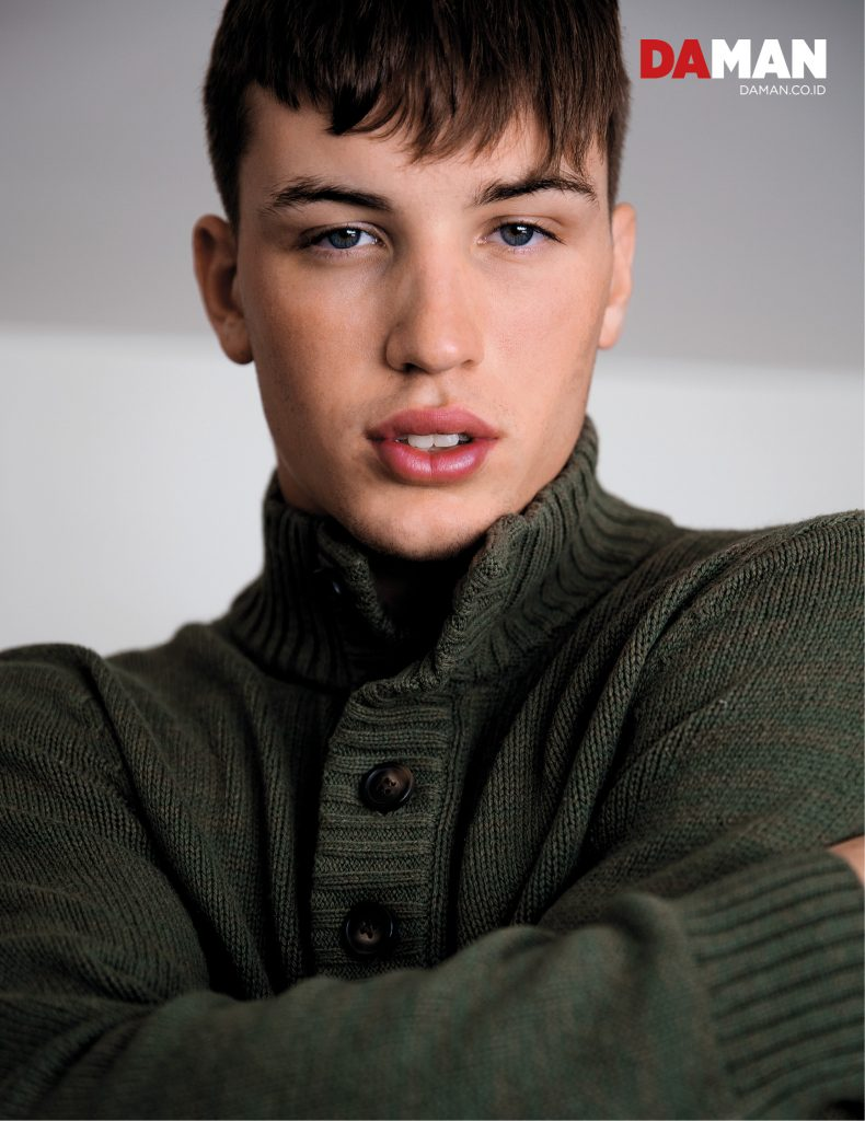 Model Benjamin Wall for DA MAN Online in Sweater by Banana Republic