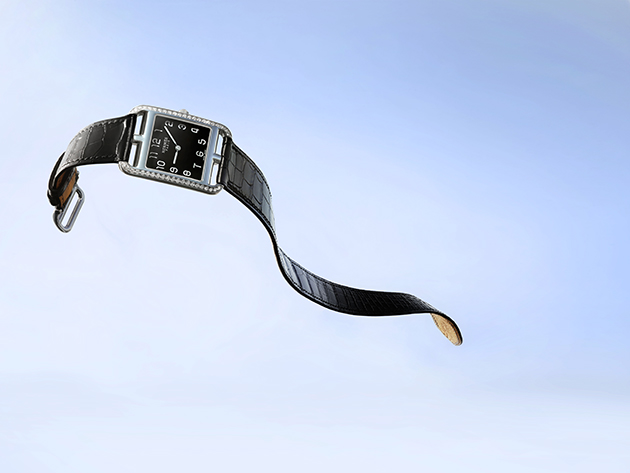 Cape-Cod-with-onyx-dial