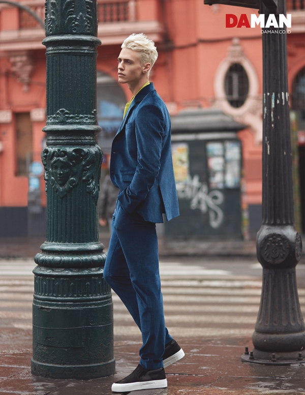 Model Oliver Stummvoll by GREG SWALES in Outfit by Hugo Boss, sneakers by Salvatore Ferragamo
