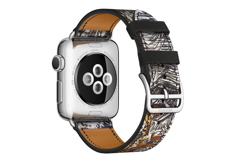 hermes-apple-watch-silk-scarf-2