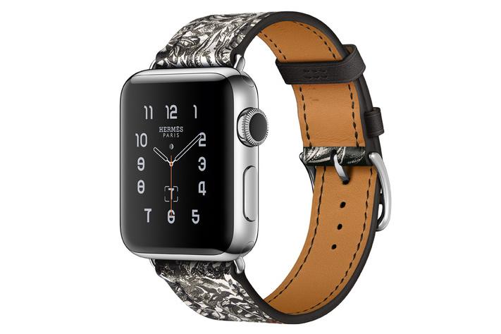 hermes-apple-watch-silk-scarf-3