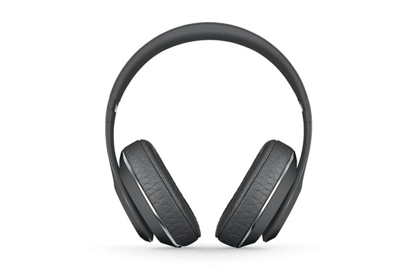 ALEXANDER WANG x Beats by Dr. Dre Studio Wireless-1