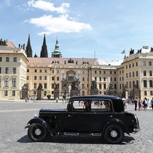 city tour in vintage cars